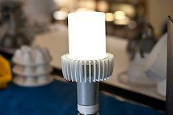 Nuovo prototipo di lampadina a Led da 170 LPW